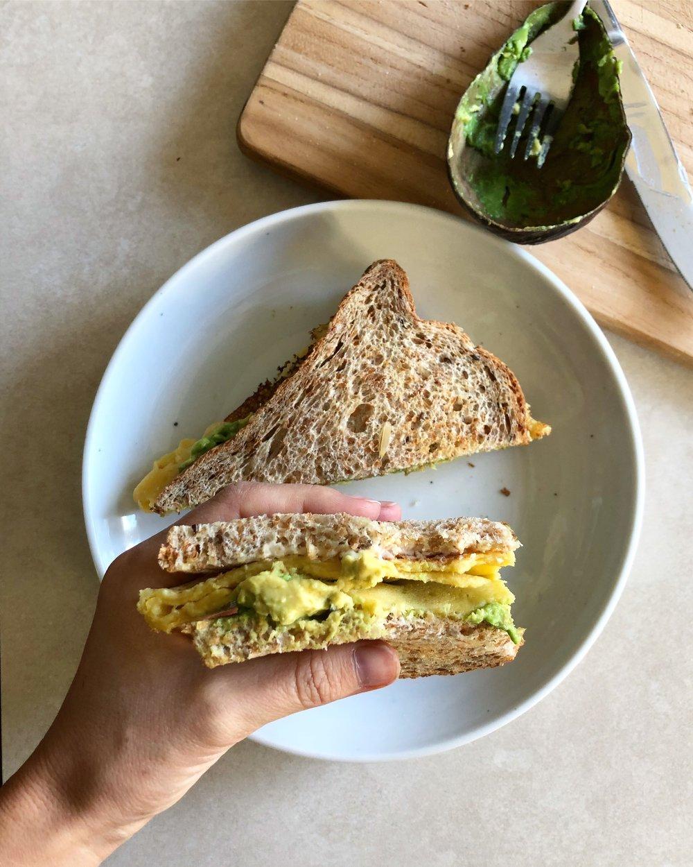 vegan fried egg sandwich