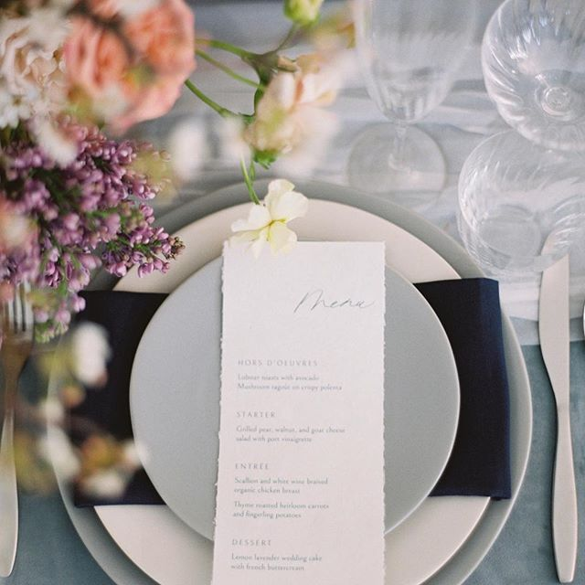 I'd like a seat at this table please 🥂 Each detail planned and styled perfectly by @chicandprettyevents, and captured beautifully by @krystleakin. In collaboration with a talented team: Florist @mossfloral Ribbons/Runners @ohbejoyfulcreative Cake @xo_cakery Rentals @bellaacento Furniture @corallanerentals Venue @emersonvenue Model @c.stel Gown @mywony_bridal