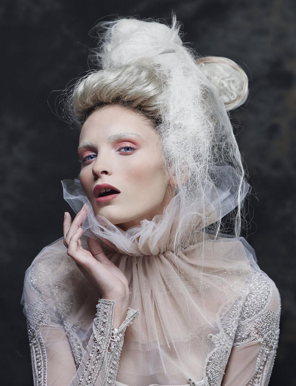 Emma Gwendolynne Wedding Dress