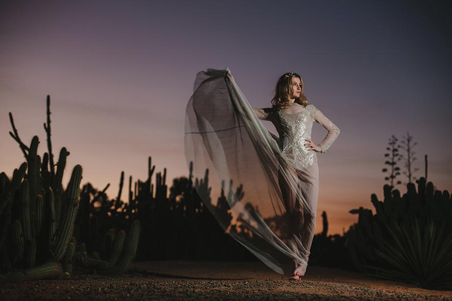 Emma Gwendolynne Wedding Dress shootout_cactuscountry_elleniToumpas_highRes_039.jpg