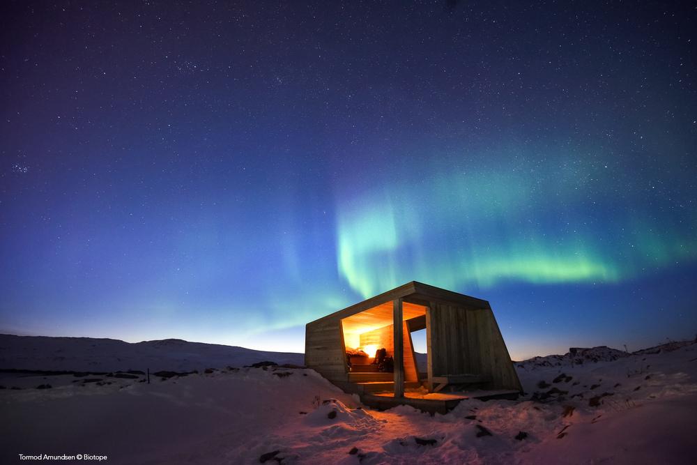 Hornøya bird hide by night March 2016 wind shelter Varanger BIO_2650 med res PS edit sign - Amundsen © Biotope.jpg