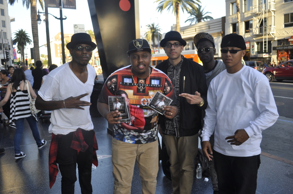 Kevo on Venice Beach Getting Love