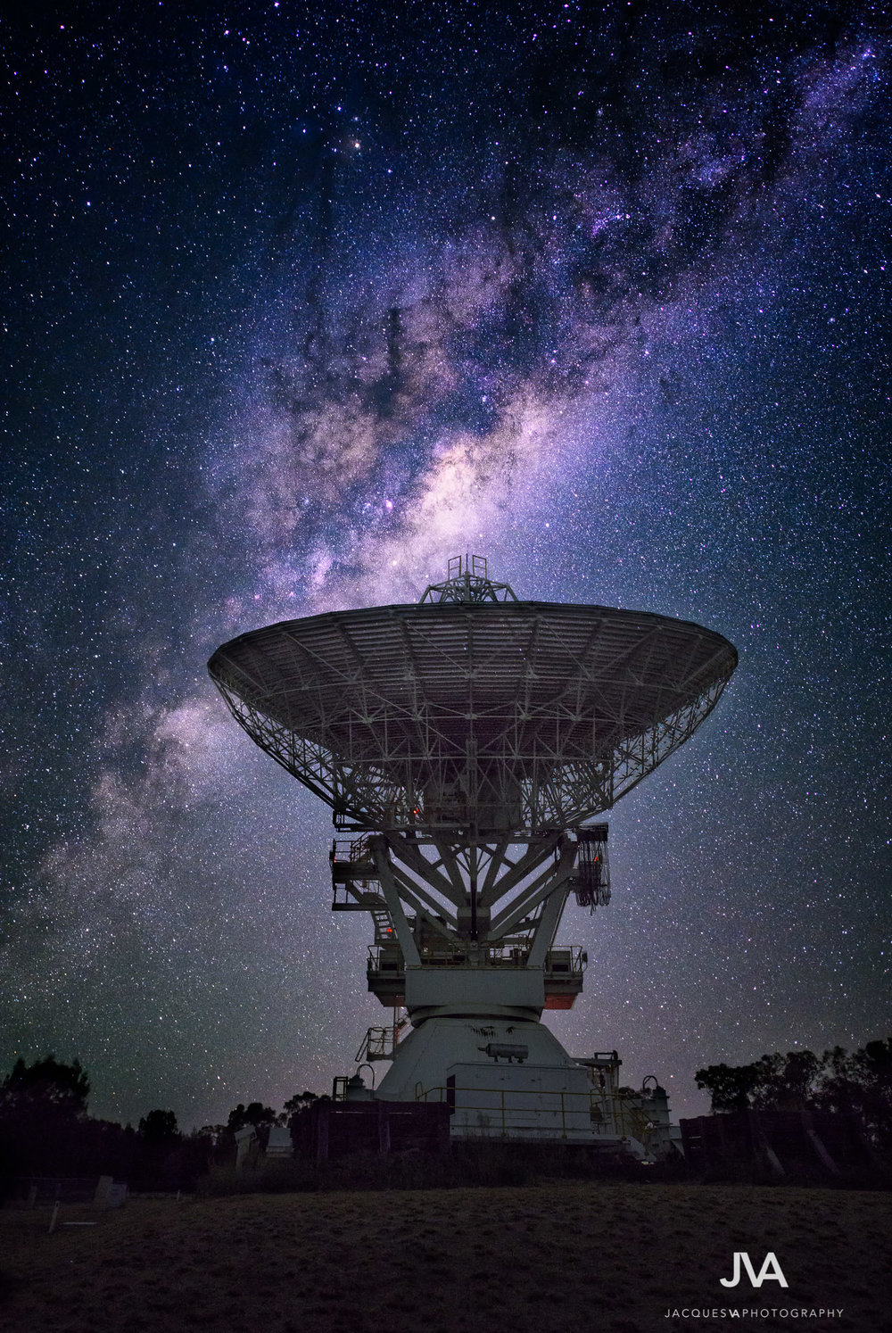 Narrabri Telescope.jpg