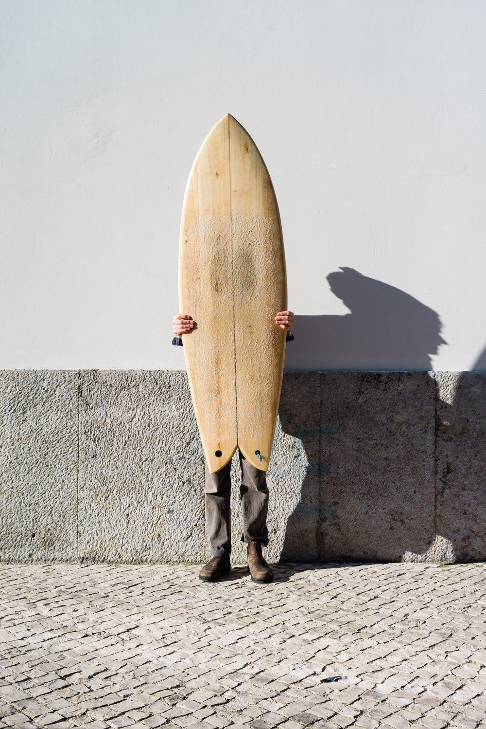 Want more Antoine? - You can follow Antoine on Instagram and Facebook.Antoine regularly holds workshops in Lisbon, where people can build their own surfboard. You'll start as a rookie but you'll leave with a self-made, finished surfboard.Interested? Contact Antoine on Instagram.