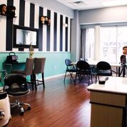 Vanity Studio School of Cosmetology Classroom