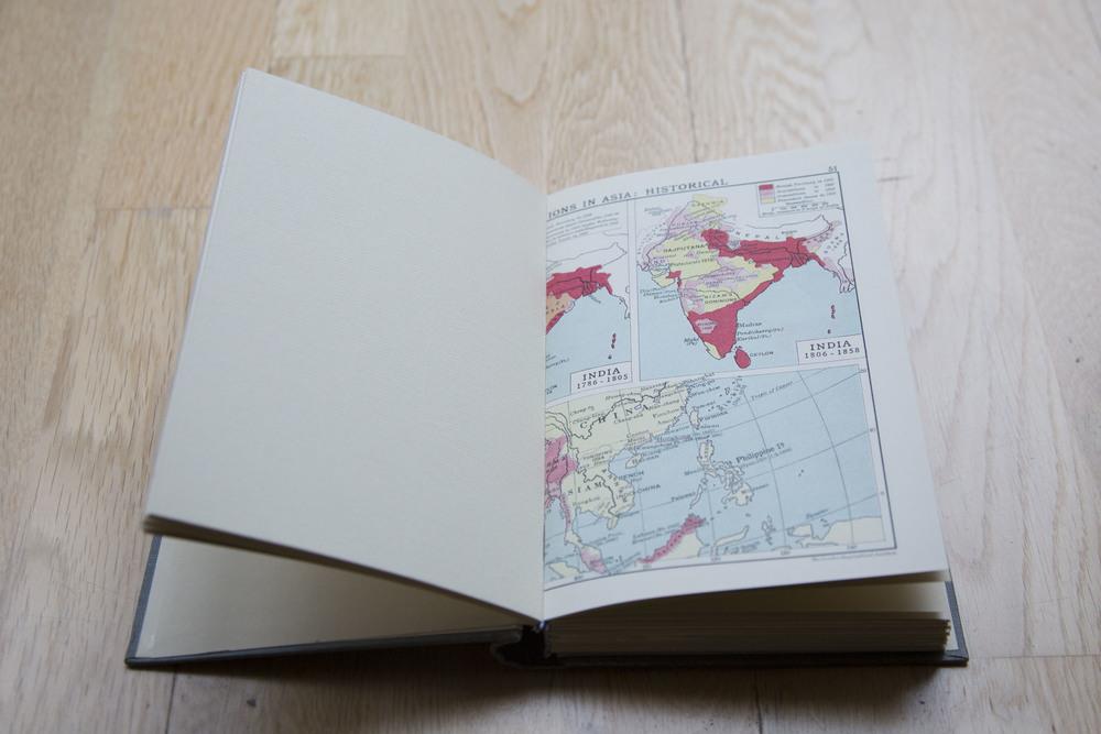 Atlas-Guestbook-Vintage_3.jpg