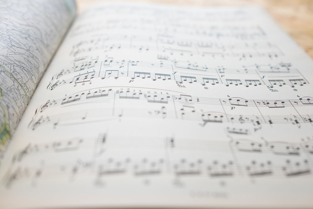 MozartMusicWeddingGuestbookVintage-7.jpg