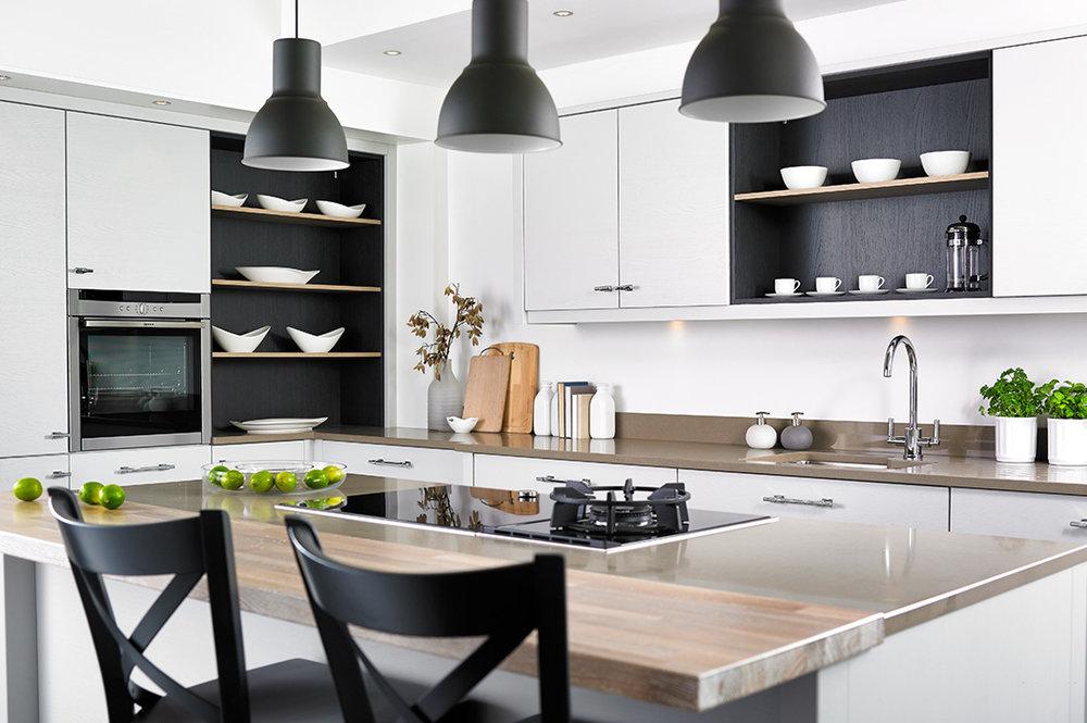 Salcombe Kitchen Daval.jpg