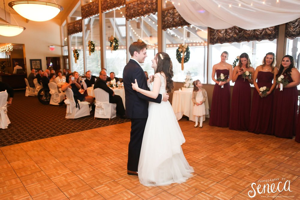 photographybyseneca_PAweddingphotographer_1144.jpg
