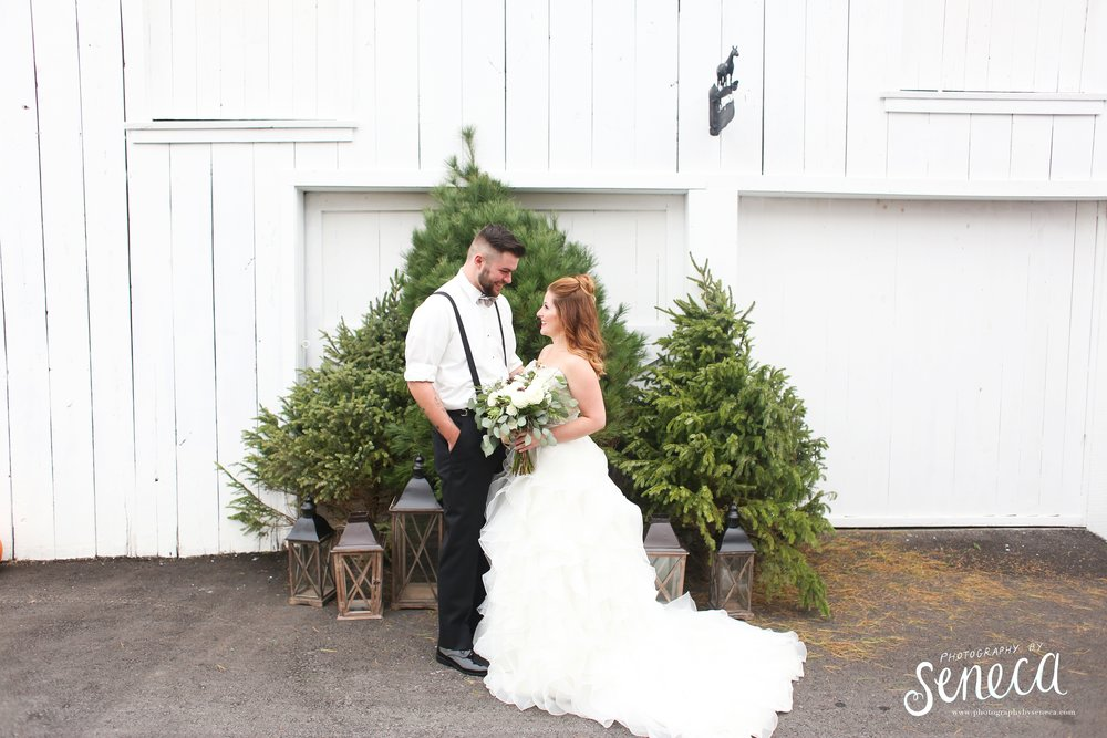 photographybyseneca_PAweddingphotographer_1235.jpg
