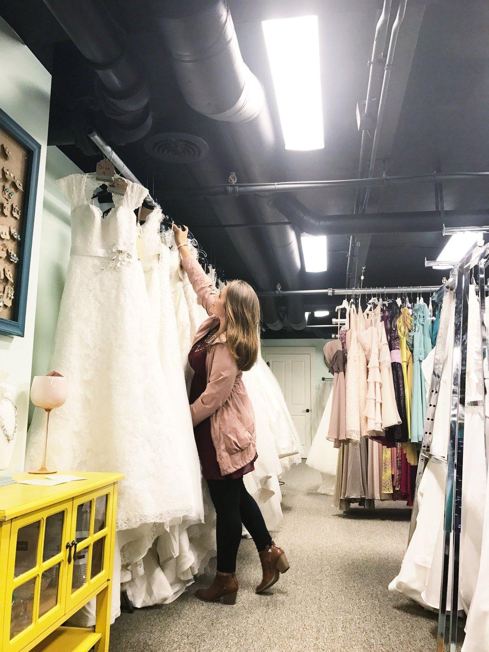 senecasbridal_montrosepa_binghamtonny_weddingdressstores