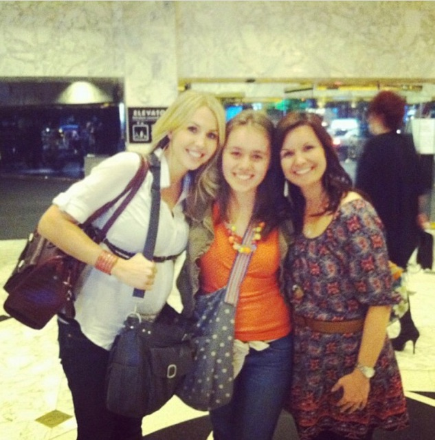 Sarah Lane & Meg Borders out in Las Vegas before the workshop!