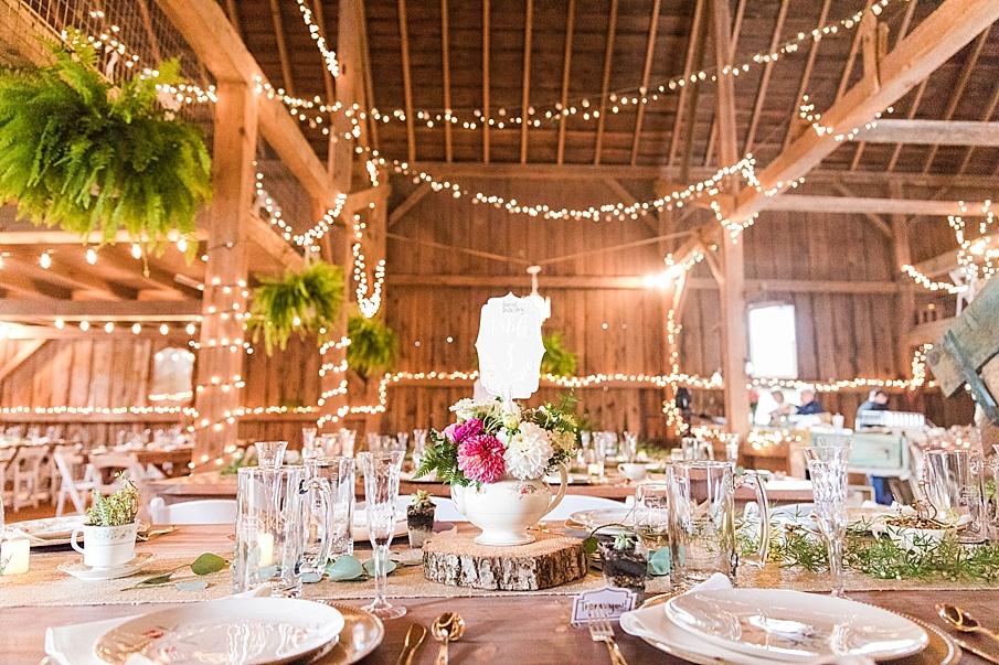 senecaryanco-pennsylvania-wedding-photographer-scranton-barnatglisteningpond_0172.jpg