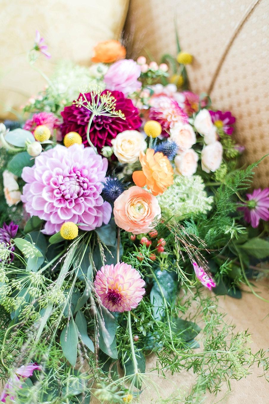 senecaryanco-pennsylvania-wedding-photographer-scranton-barnatglisteningpond_0176.jpg