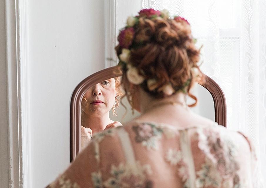 senecaryanco-pennsylvania-wedding-photographer-scranton-barnatglisteningpond_0178.jpg
