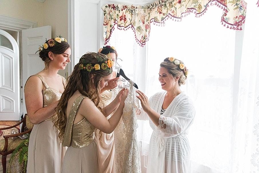 senecaryanco-pennsylvania-wedding-photographer-scranton-barnatglisteningpond_0182.jpg