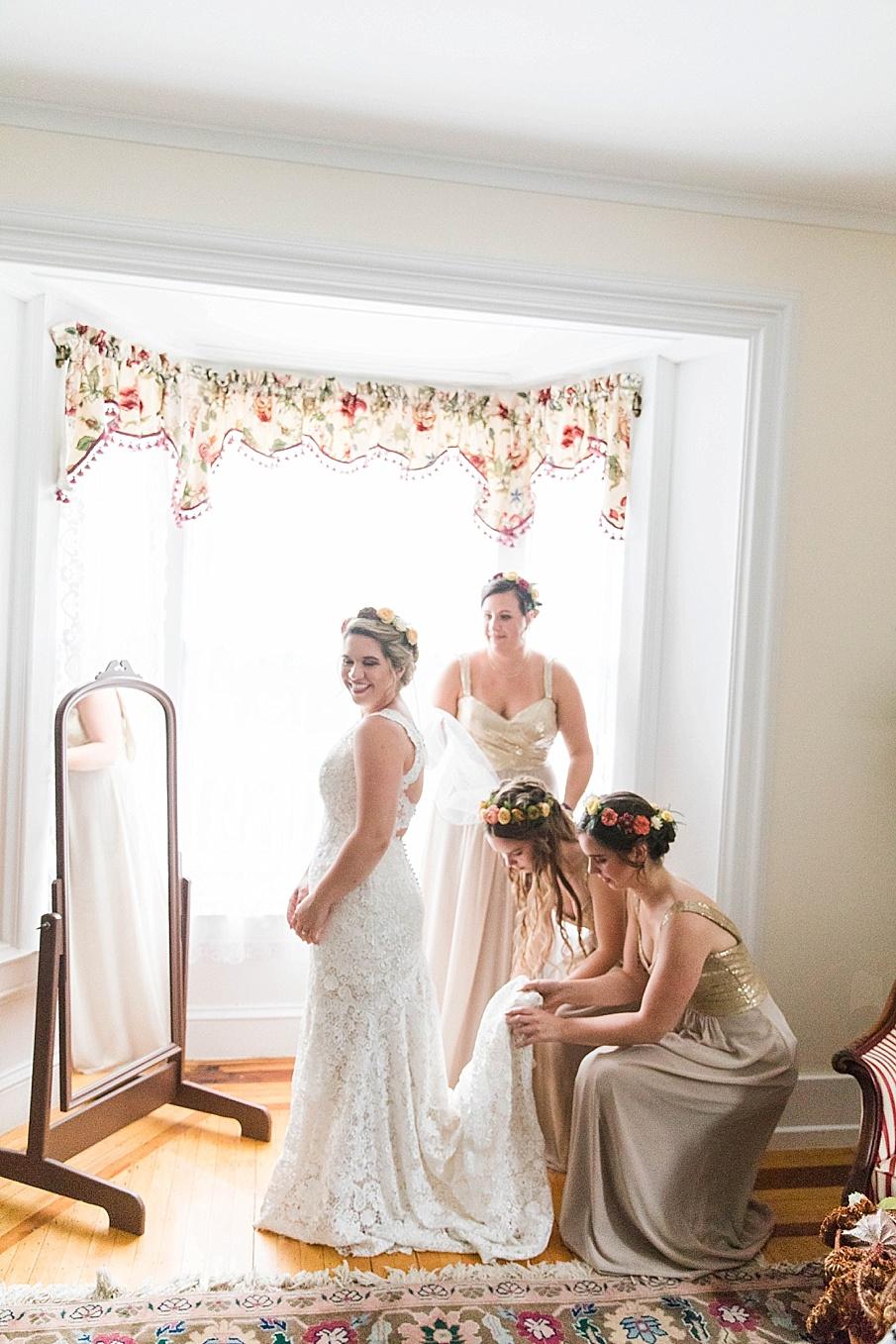 senecaryanco-pennsylvania-wedding-photographer-scranton-barnatglisteningpond_0189.jpg