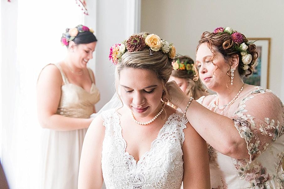 senecaryanco-pennsylvania-wedding-photographer-scranton-barnatglisteningpond_0191.jpg