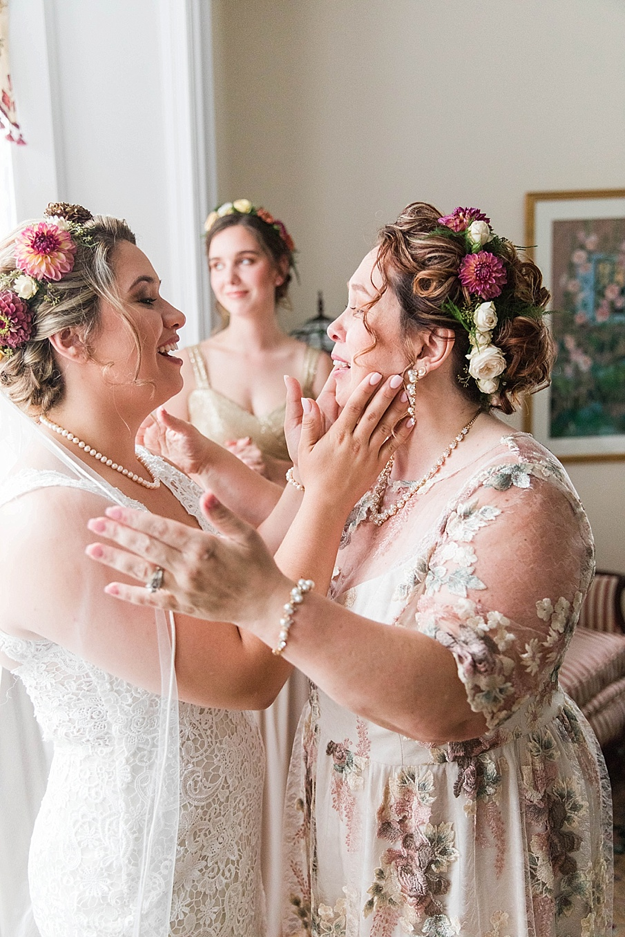 senecaryanco-pennsylvania-wedding-photographer-scranton-barnatglisteningpond_0194.jpg