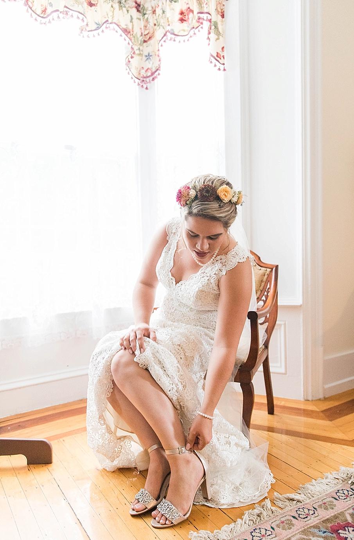 senecaryanco-pennsylvania-wedding-photographer-scranton-barnatglisteningpond_0198.jpg