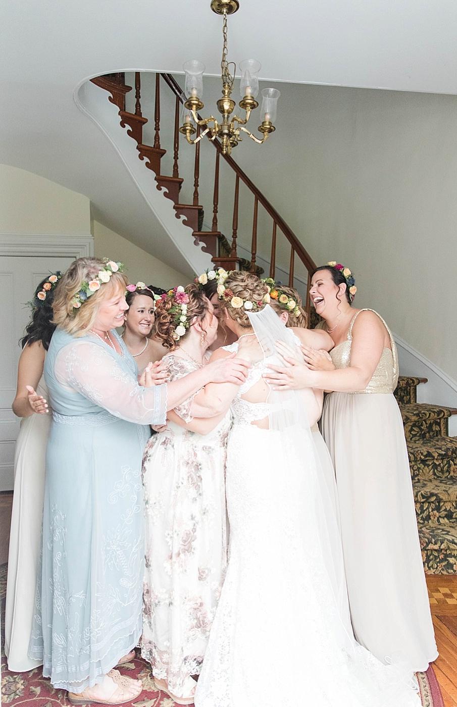 senecaryanco-pennsylvania-wedding-photographer-scranton-barnatglisteningpond_0203.jpg