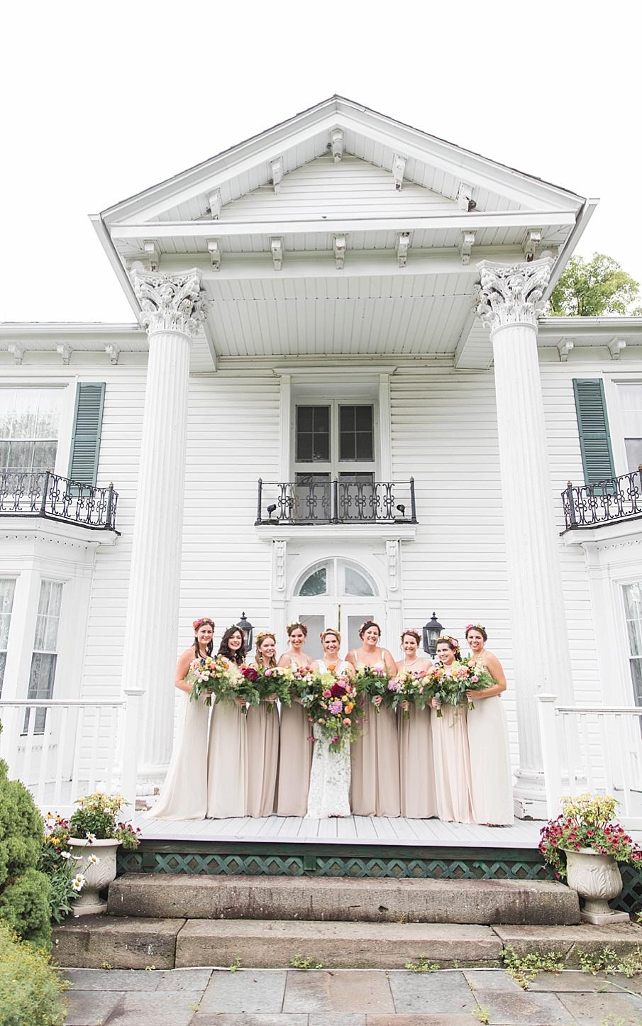 senecaryanco-pennsylvania-wedding-photographer-scranton-barnatglisteningpond_0206.jpg