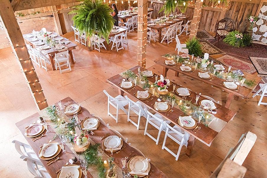 senecaryanco-pennsylvania-wedding-photographer-scranton-barnatglisteningpond_0213.jpg