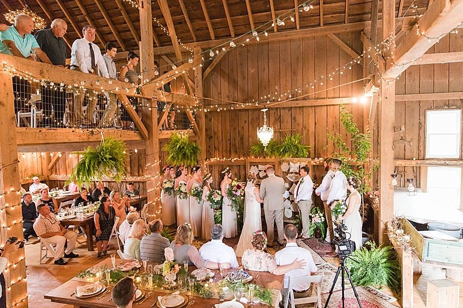 senecaryanco-pennsylvania-wedding-photographer-scranton-barnatglisteningpond_0230.jpg