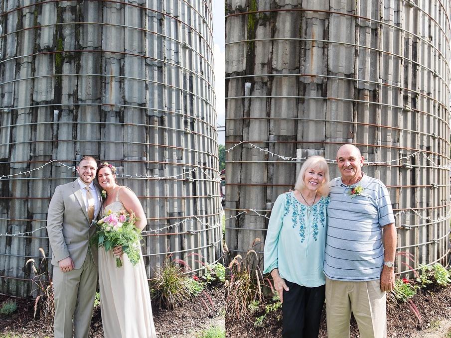 senecaryanco-pennsylvania-wedding-photographer-scranton-barnatglisteningpond_0238.jpg