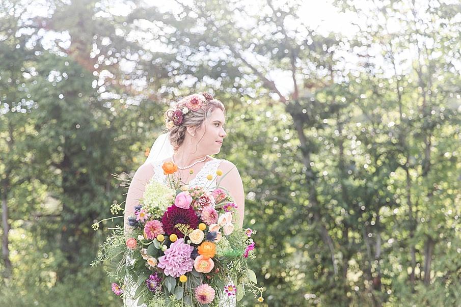 senecaryanco-pennsylvania-wedding-photographer-scranton-barnatglisteningpond_0245.jpg