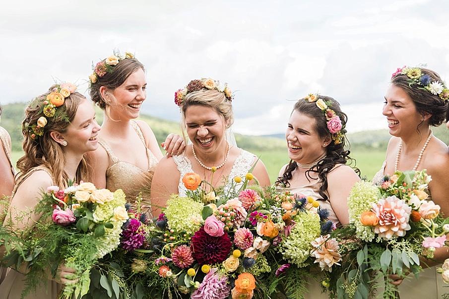 senecaryanco-pennsylvania-wedding-photographer-scranton-barnatglisteningpond_0253.jpg