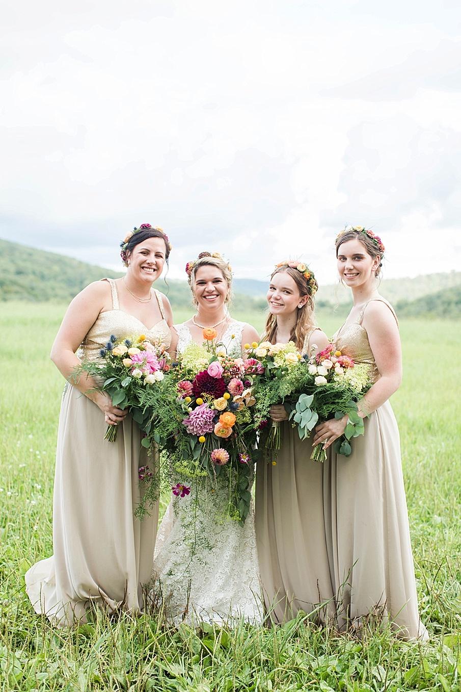 senecaryanco-pennsylvania-wedding-photographer-scranton-barnatglisteningpond_0255.jpg
