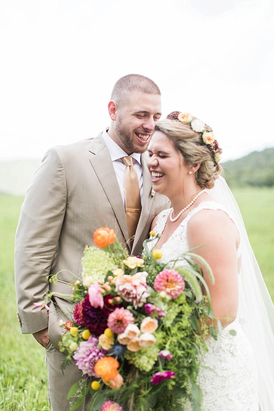 senecaryanco-pennsylvania-wedding-photographer-scranton-barnatglisteningpond_0268.jpg