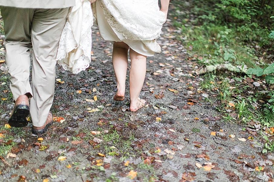 senecaryanco-pennsylvania-wedding-photographer-scranton-barnatglisteningpond_0284.jpg