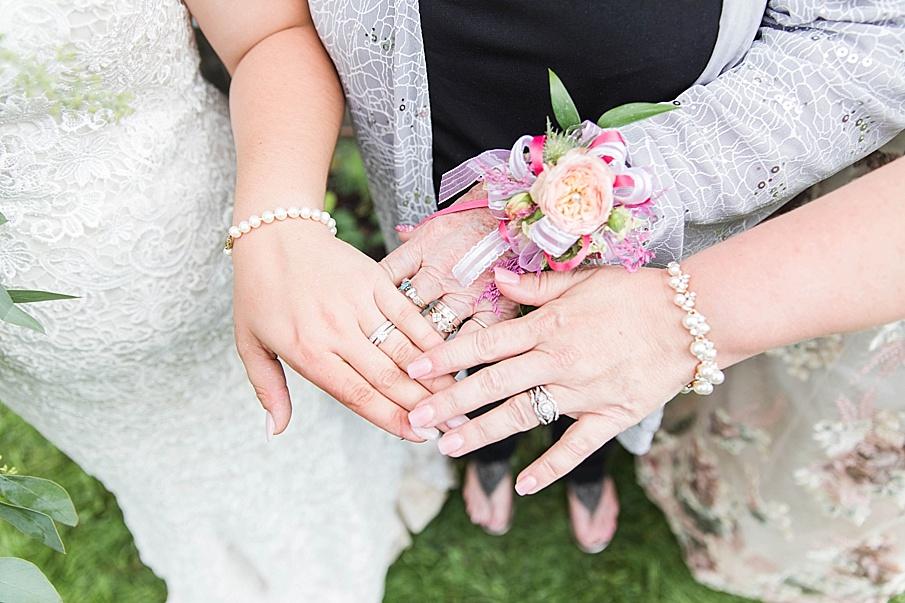 senecaryanco-pennsylvania-wedding-photographer-scranton-barnatglisteningpond_0288.jpg