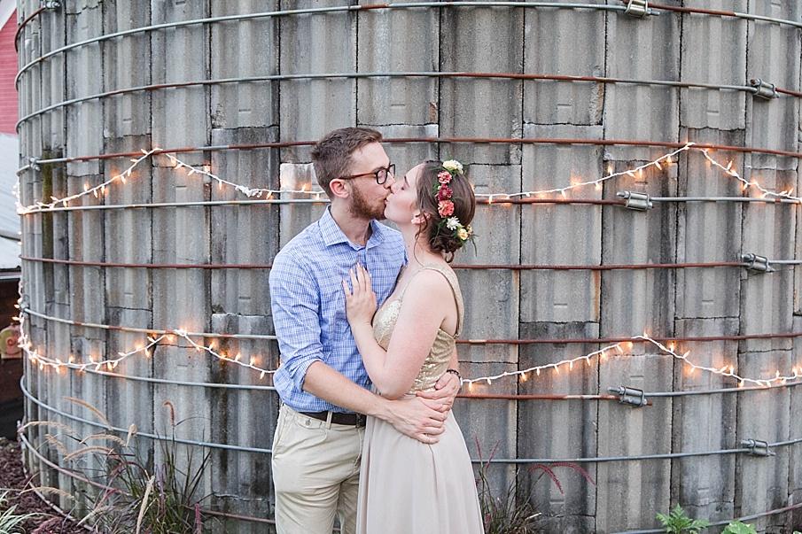 senecaryanco-pennsylvania-wedding-photographer-scranton-barnatglisteningpond_0306.jpg