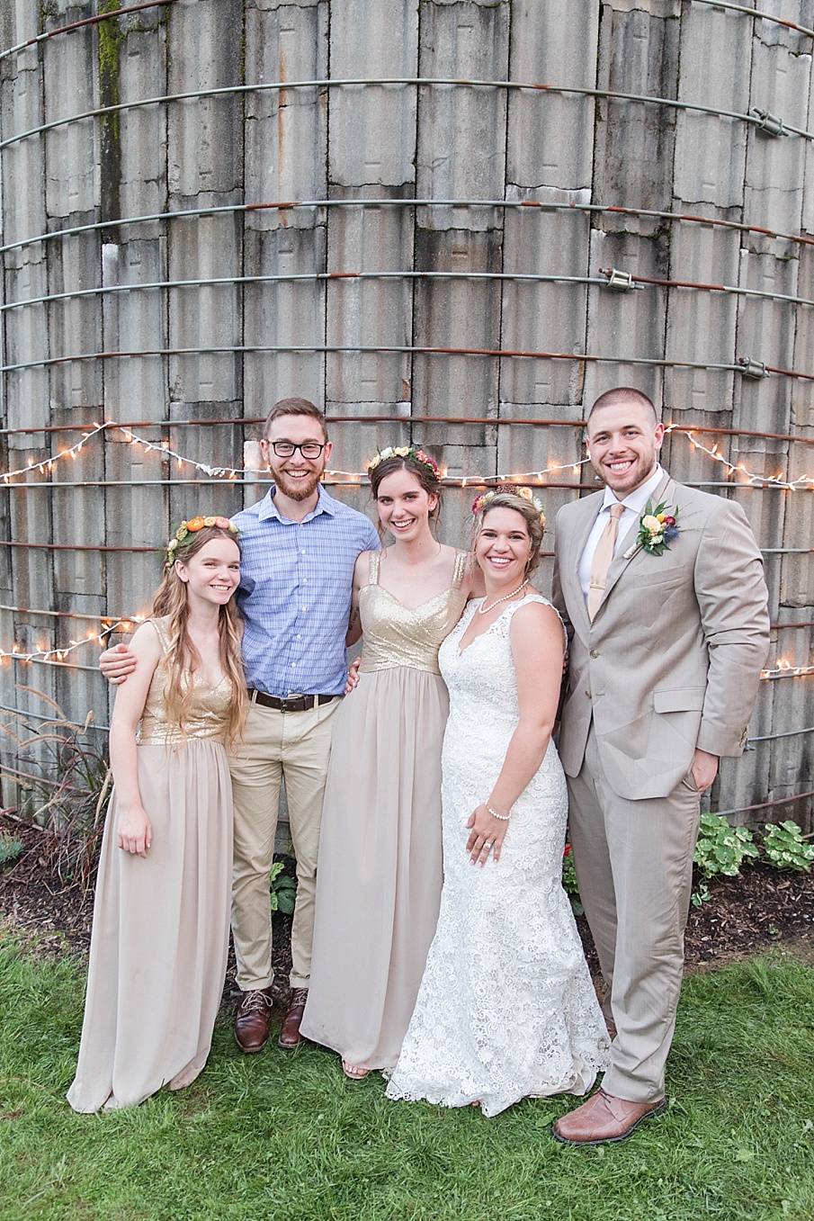 senecaryanco-pennsylvania-wedding-photographer-scranton-barnatglisteningpond_0307.jpg