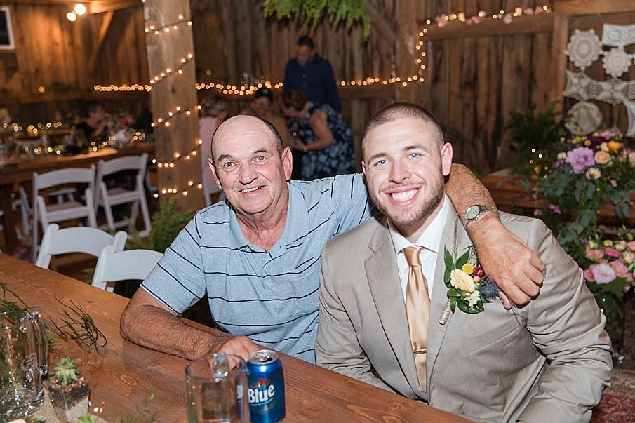 senecaryanco-pennsylvania-wedding-photographer-scranton-barnatglisteningpond_0316.jpg