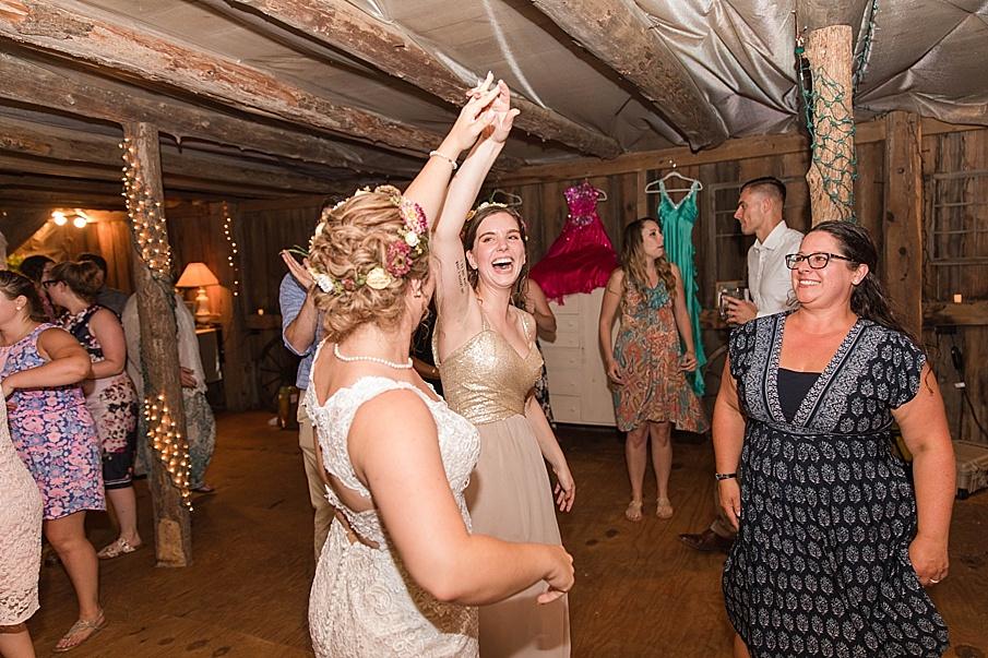 senecaryanco-pennsylvania-wedding-photographer-scranton-barnatglisteningpond_0319.jpg
