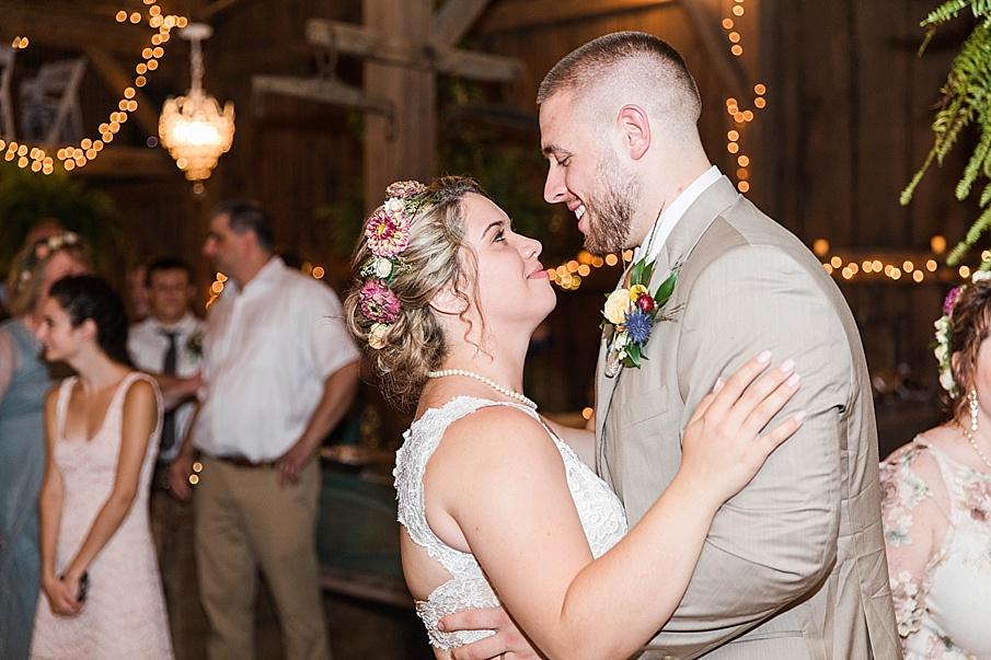senecaryanco-pennsylvania-wedding-photographer-scranton-barnatglisteningpond_0335.jpg