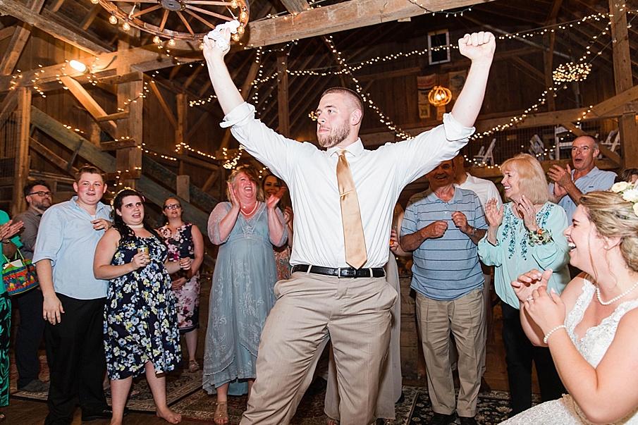 senecaryanco-pennsylvania-wedding-photographer-scranton-barnatglisteningpond_0354.jpg