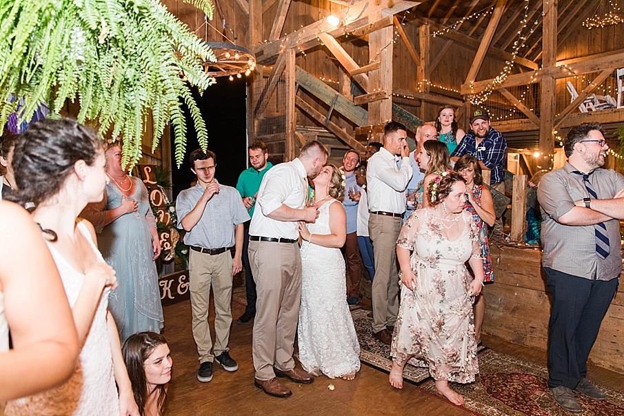 senecaryanco-pennsylvania-wedding-photographer-scranton-barnatglisteningpond_0358.jpg