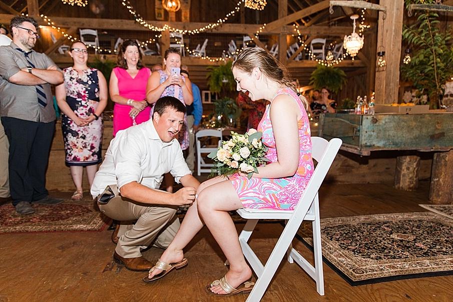 senecaryanco-pennsylvania-wedding-photographer-scranton-barnatglisteningpond_0359.jpg