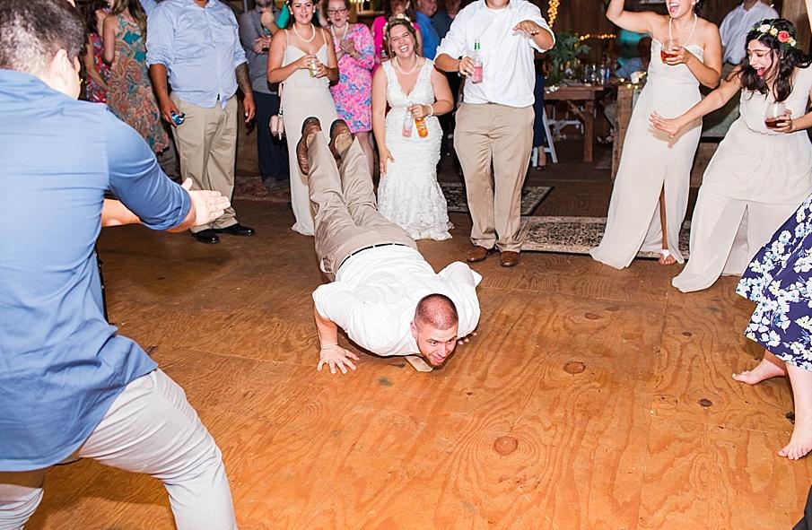 senecaryanco-pennsylvania-wedding-photographer-scranton-barnatglisteningpond_0360.jpg