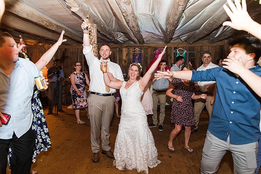 senecaryanco-pennsylvania-wedding-photographer-scranton-barnatglisteningpond_0366.jpg