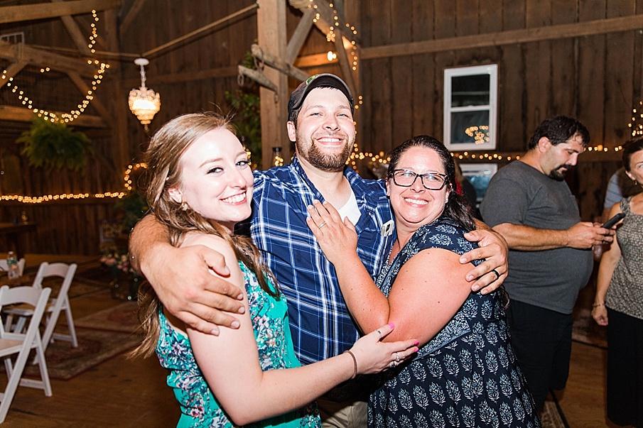 senecaryanco-pennsylvania-wedding-photographer-scranton-barnatglisteningpond_0373.jpg