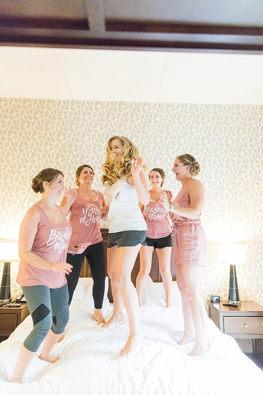 senecaryanco-pennsylvania-wedding-photographer-scranton-barnatglisteningpond_0383.jpg