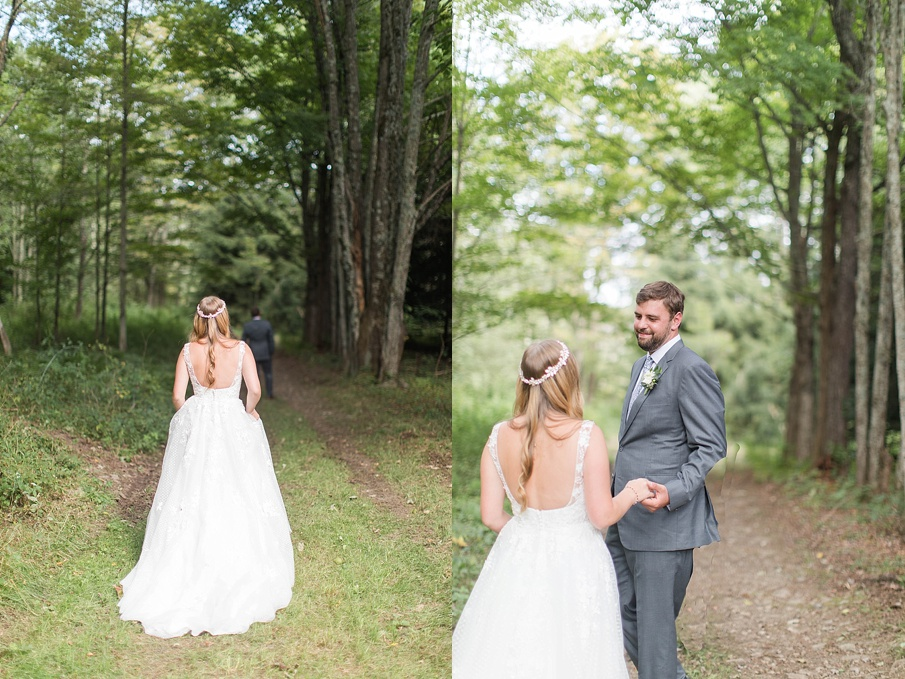 senecaryanco-pennsylvania-wedding-photographer-scranton-barnatglisteningpond_0390.jpg