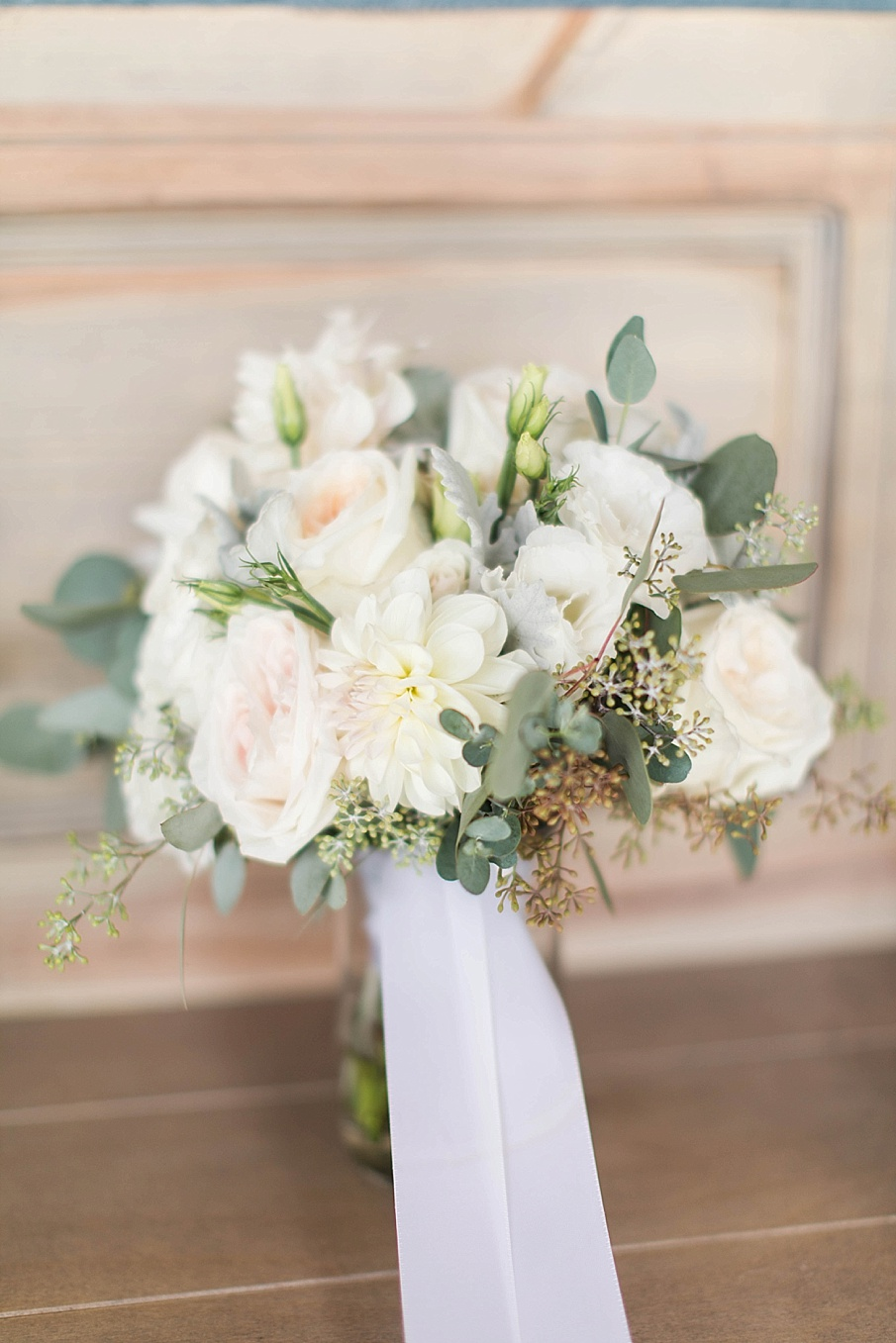 senecaryanco-pennsylvania-wedding-photographer-scranton-barnatglisteningpond_0392.jpg