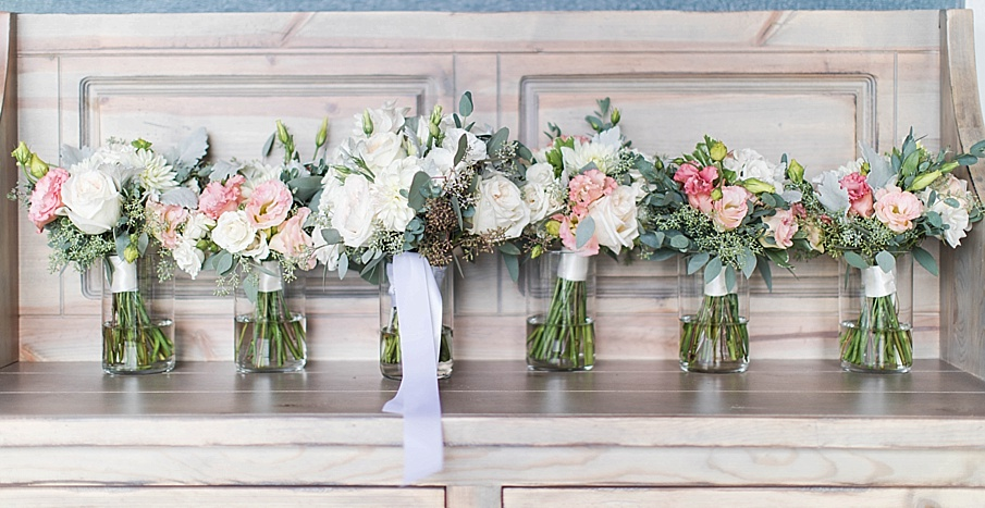 senecaryanco-pennsylvania-wedding-photographer-scranton-barnatglisteningpond_0394.jpg